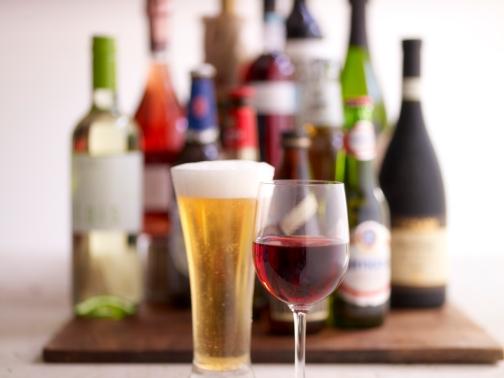 Beer-and-Wine-Bar-Wedding