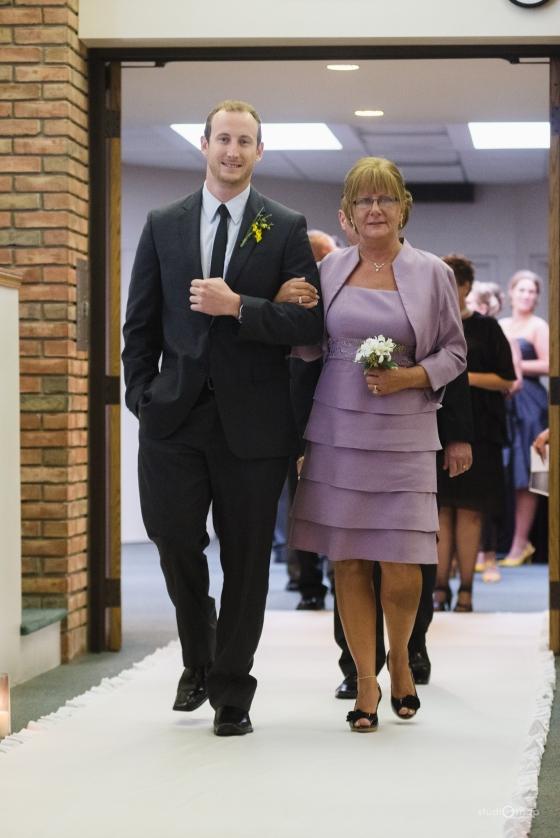 fox-hills-golf-course-trinity-presbyterian-church-wedding-plymouth-michigan-studiosnap-photograpny-weddingbee-airplane-405