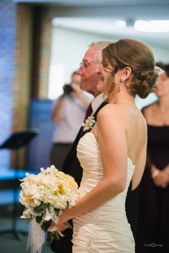 fox-hills-golf-course-trinity-presbyterian-church-wedding-plymouth-michigan-studiosnap-photograpny-weddingbee-airplane-452