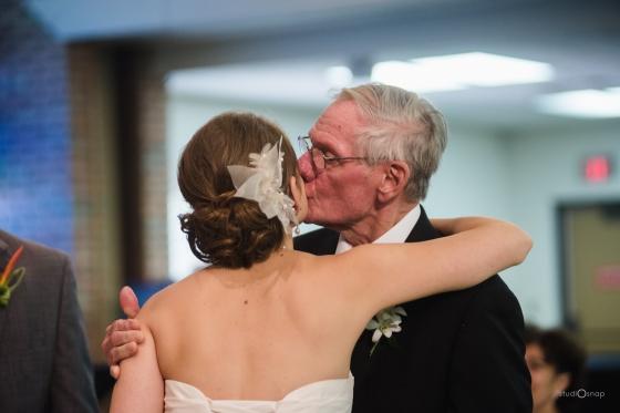fox-hills-golf-course-trinity-presbyterian-church-wedding-plymouth-michigan-studiosnap-photograpny-weddingbee-airplane-462