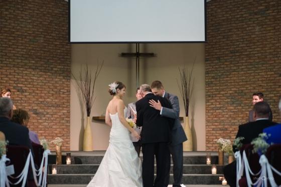 fox-hills-golf-course-trinity-presbyterian-church-wedding-plymouth-michigan-studiosnap-photograpny-weddingbee-airplane-464