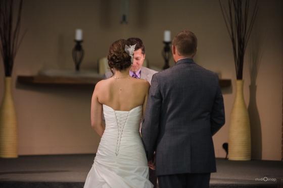 fox-hills-golf-course-trinity-presbyterian-church-wedding-plymouth-michigan-studiosnap-photograpny-weddingbee-airplane-467