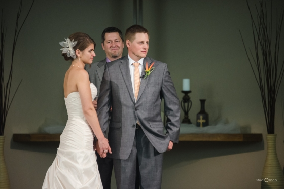 fox-hills-golf-course-trinity-presbyterian-church-wedding-plymouth-michigan-studiosnap-photograpny-weddingbee-airplane-479
