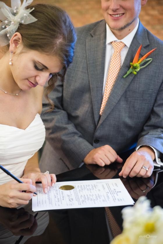 fox-hills-golf-course-trinity-presbyterian-church-wedding-plymouth-michigan-studiosnap-photograpny-weddingbee-airplane-557