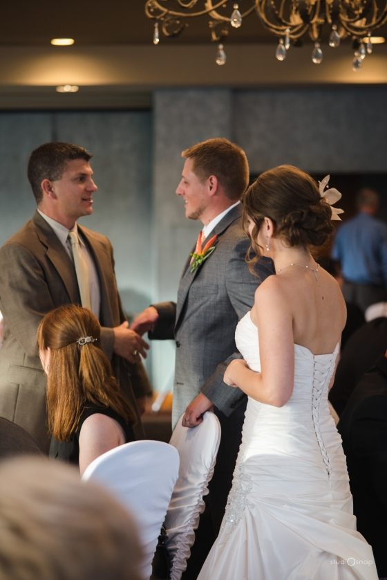 fox-hills-golf-course-trinity-presbyterian-church-wedding-plymouth-michigan-studiosnap-photograpny-weddingbee-airplane-601
