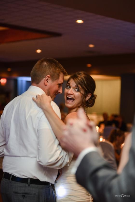 fox-hills-golf-course-trinity-presbyterian-church-wedding-plymouth-michigan-studiosnap-photograpny-weddingbee-airplane-723
