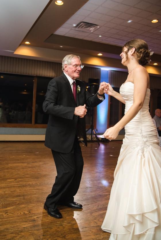 fox-hills-golf-course-trinity-presbyterian-church-wedding-plymouth-michigan-studiosnap-photograpny-weddingbee-airplane-780