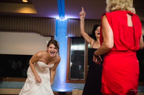fox-hills-golf-course-trinity-presbyterian-church-wedding-plymouth-michigan-studiosnap-photograpny-weddingbee-airplane-817